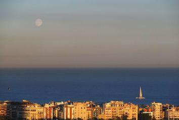 Instal·lem una boia per mesurar l'acidificació del Mediterrani