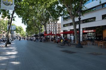 Obrim carrils bici a la plaça de Catalunya