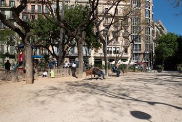 Fem més verda i jugable la plaça del Doctor Letamendi