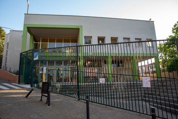 Renovem el Poliesportiu de Coves d'en Cimany per a ús del barri i del centre