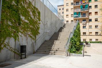 Instal·lar un ascensor per connectar el carrer de Samaria amb el carrer de Judea, des dels jardins Lledoner