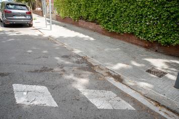 Millorem les voreres del carrer d'Idumea