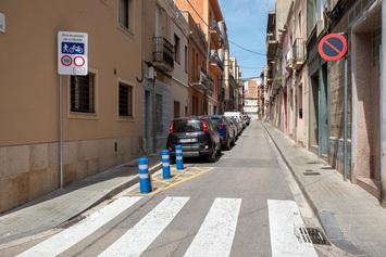 Plataforma única als carrers de Sant Tomàs i dels Consorts Sans Bernet