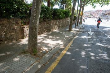 Arrangem la vorera de l'avinguda del Jordà, del carrer de Judea al carrer de Nínive