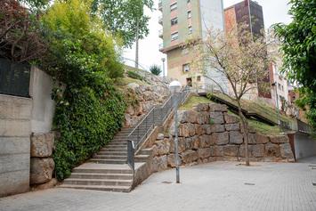 Instal·lar un ascensor del carrer del Torrent de Can Mariner al passeig de Fabra i Puig