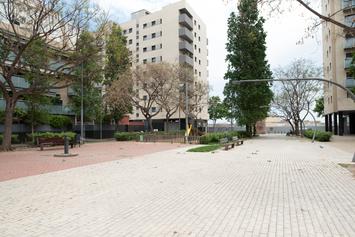 Mejoremos la plaza de Can Portabella