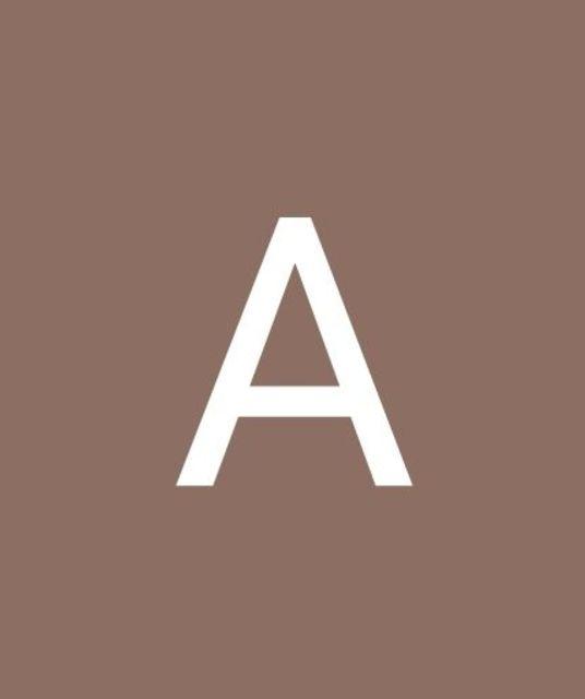 avatar Adriana Prusi